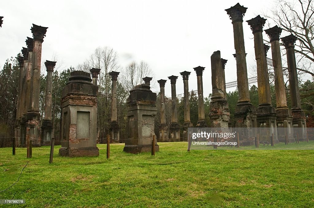 Mississippi Claibourne County Windsor Plantation Ruins ca 18591861 2600 acres of which remain 23 haunting fluted columns