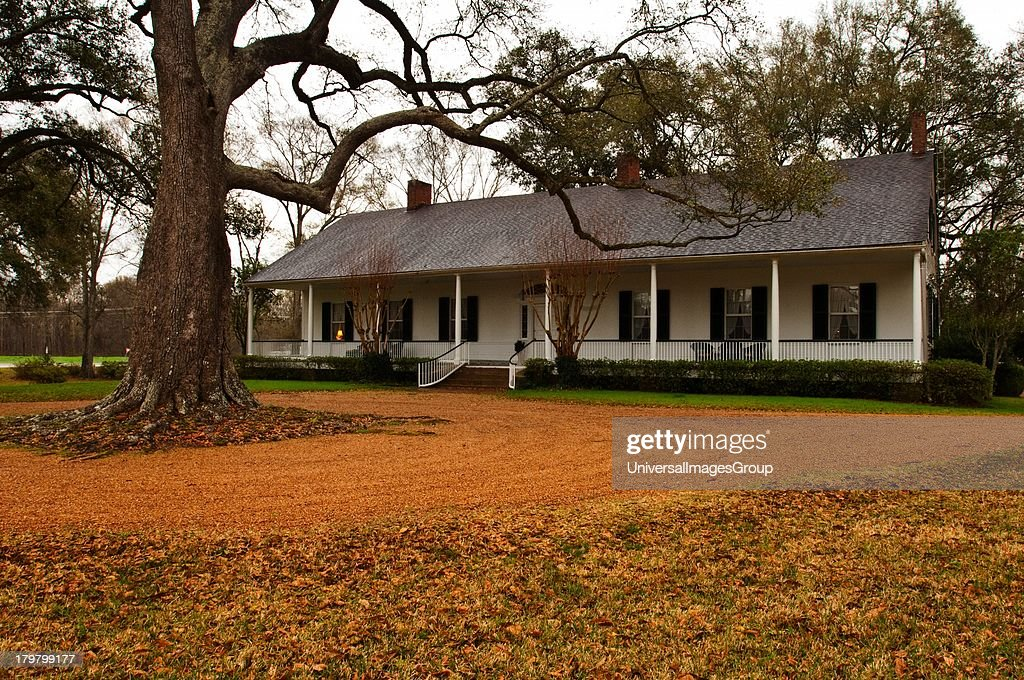 Mississippi Natchez Fair Oaks Federal style Southern Planters residence 1822 in same family since 1856
