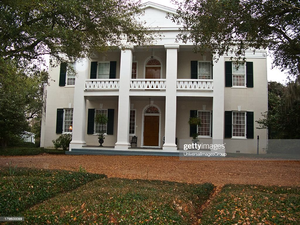 Mississippi Natchez Monmouth Plantation first occupant John Quitman a Mississippi Governor now also serves as a luxury Inn