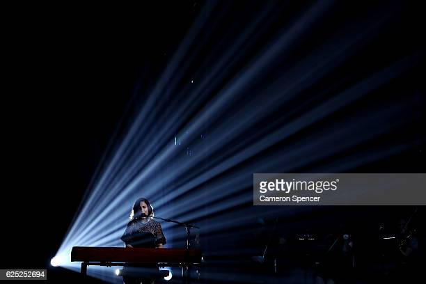 Missy Higgins performs on stage with Bernard Fanning during the 30th Annual ARIA Awards 2016 at The Star on November 23 2016 in Sydney Australia