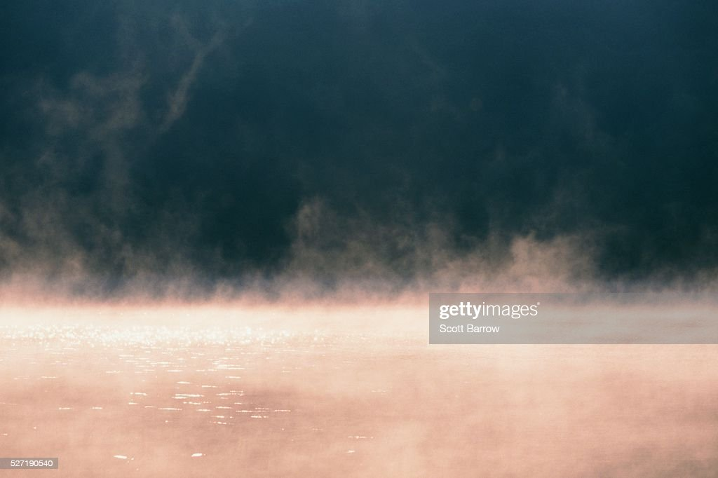 Mist rising from water : Foto stock
