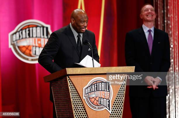 Mitch Richmond speaks during the 2014 Basketball Hall of Fame Enshrinement Ceremonywith presenter Chris Mullin at Symphony Hall on August 8 2014 in...