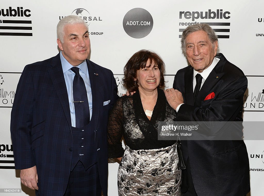 Mitch Winehouse, Janis Winehouse Collins, and <a gi-track='captionPersonalityLinkClicked' href=/galleries/search?phrase=Tony+Bennett+-+Singer&family=editorial&specificpeople=160951 ng-click='$event.stopPropagation()'>Tony Bennett</a> attend the 2013 Amy Winehouse Foundation Inspiration Awards and Gala at The Waldorf=Astoria on March 21, 2013 in New York City.