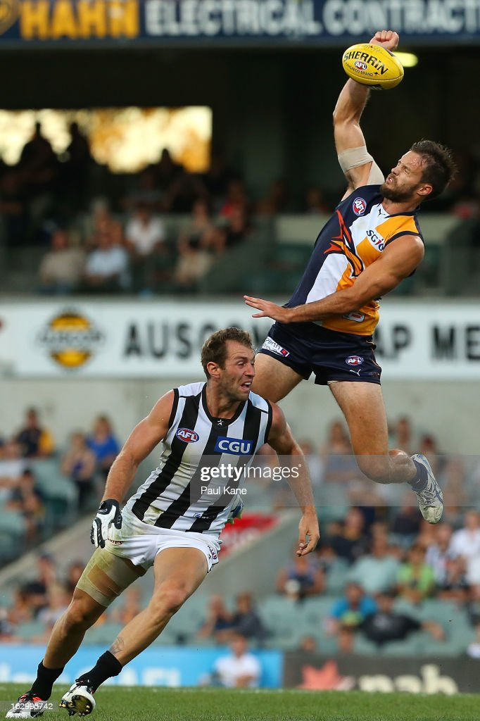 Mitchell Brown of the Eagles contests for the ball against <a gi-track='captionPersonalityLinkClicked' href=/galleries/search?phrase=Travis+Cloke&family=editorial&specificpeople=228701 ng-click='$event.stopPropagation()'>Travis Cloke</a> of the Magpies during the round two AFL NAB Cup match between the West Coast Eagles and the Collingwood Magpies at Patersons Stadium on March 3, 2013 in Perth, Australia.