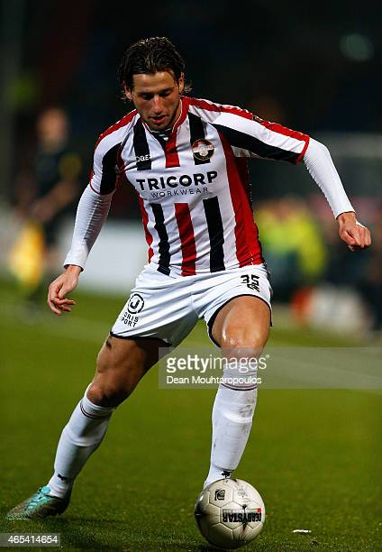 Mitchell Dijks of Willem II in action during the Dutch Eredivisie match between Willem II Tilburg and FC Twente held at Koning Willem II Stadium on...