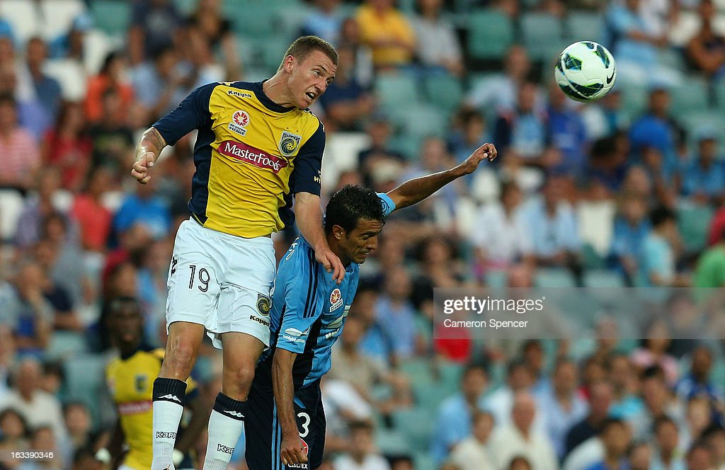 Mitchell Duke of the Mariners heads the ball during the round 24 A-League match between Sydney FC and the Central Coast Mariners at Allianz Stadium on March 9, 2013 in Sydney, Australia.