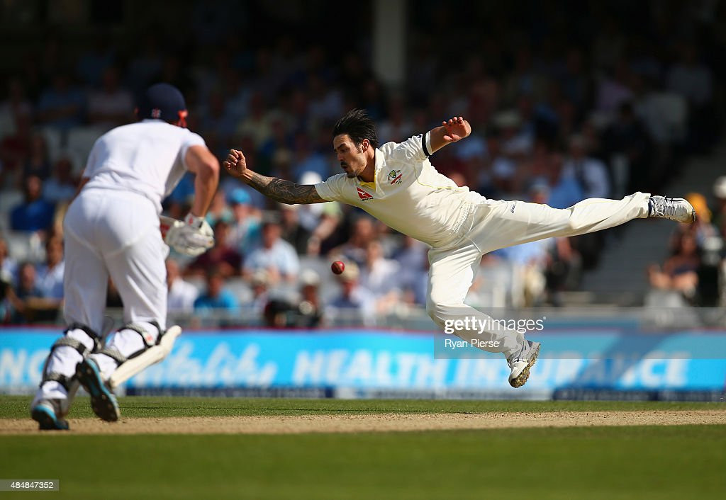 <a gi-track='captionPersonalityLinkClicked' href=/galleries/search?phrase=Mitchell+Johnson+-+Cricket+Player&family=editorial&specificpeople=665783 ng-click='$event.stopPropagation()'>Mitchell Johnson</a> of Australia attempts to catch Jonny Bairstow of England off his own bowling during day three of the 5th Investec Ashes Test match between England and Australia at The Kia Oval on August 22, 2015 in London, United Kingdom.
