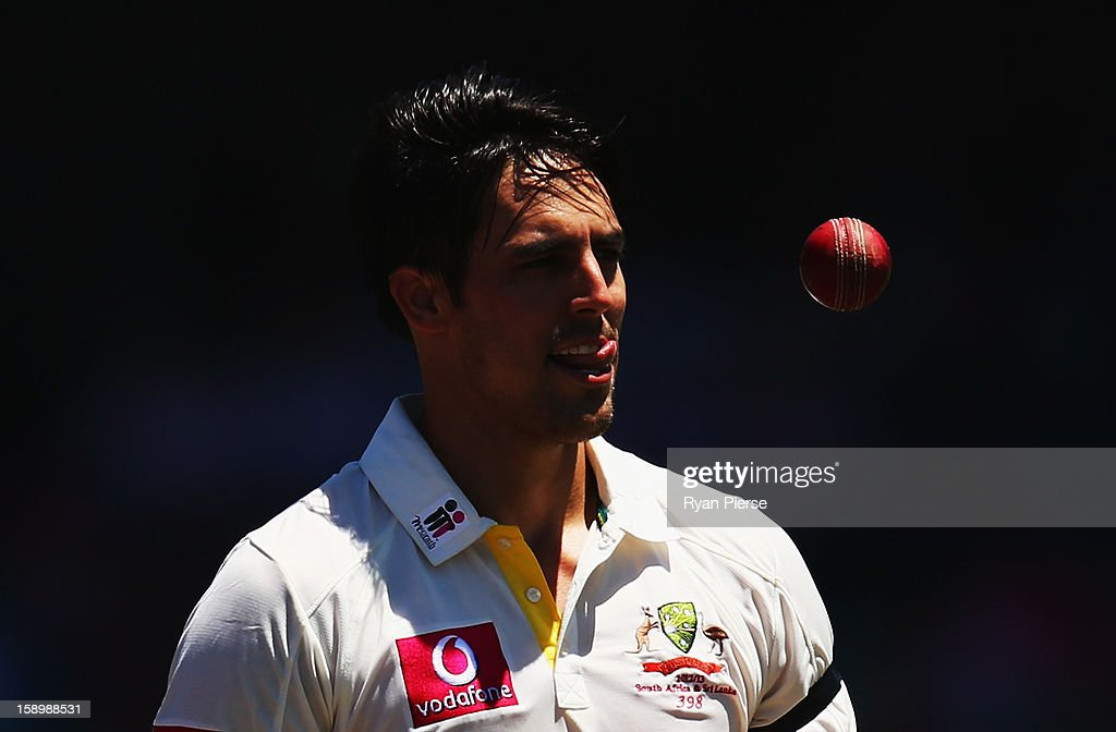 Mitchell Johnson of Australia prepares to bowl during day three of the Third Test match between Australia and Sri Lanka at Sydney Cricket Ground on January 5, 2013 in Sydney, Australia.