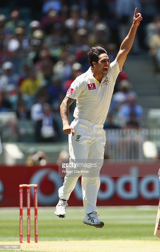 Mitchell Johnson of Australia takes the wicket of <a gi-track='captionPersonalityLinkClicked' href=/galleries/search?phrase=Prasanna+Jayawardene&family=editorial&specificpeople=576757 ng-click='$event.stopPropagation()'>Prasanna Jayawardene</a> of Sri Lanka during day one of the Second Test match between Australia and Sri Lanka at Melbourne Cricket Ground on December 26, 2012 in Melbourne, Australia.