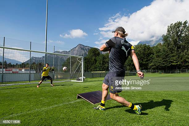 Mitchell Langerak and goalkeeping coach Wolfgang de Beer of Borussia Dortmund during a training session in the Borussia Dortmund training camp on...
