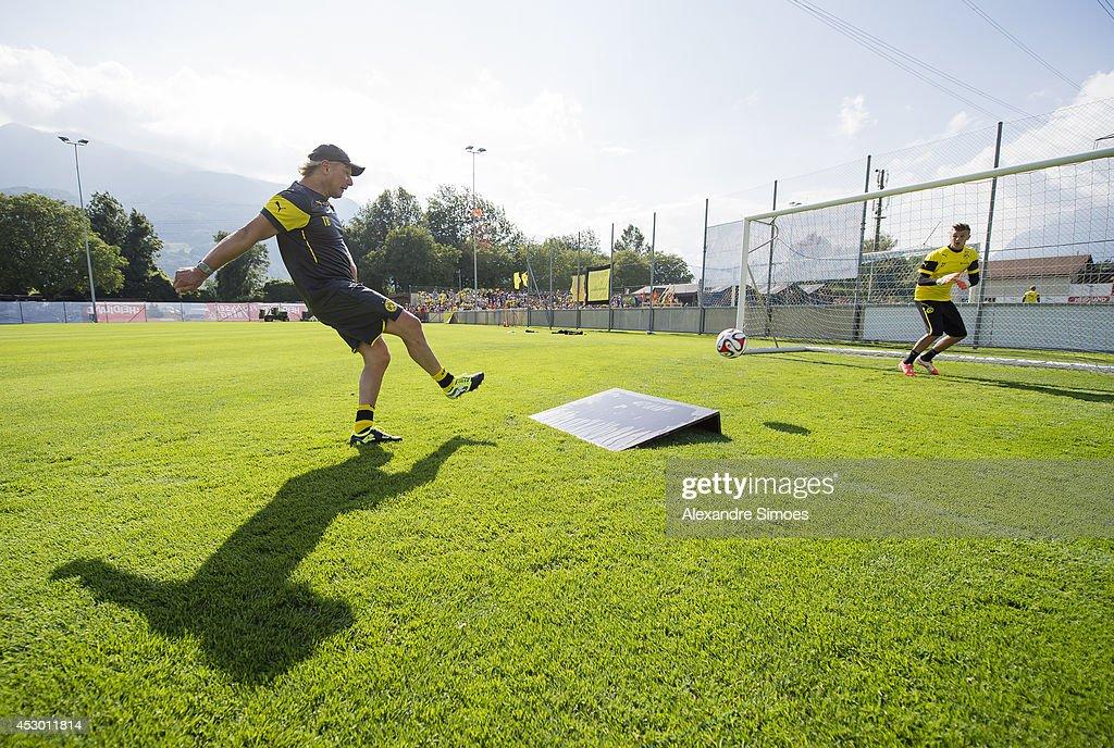 Mitchell Langerak (BVB) and goalkeeping coach Wolfgang de Beer (BVB) of Borussia Dortmund during a training session in the Borussia Dortmund training camp on July 31, 2014 in Bad Ragaz, Switzerland.