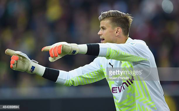 Mitchell Langerak of Dortmund gestures during the Bundesliga match between Borussia Dortmund and Bayer 04 Leverkusen at Signal Iduna Park on August...