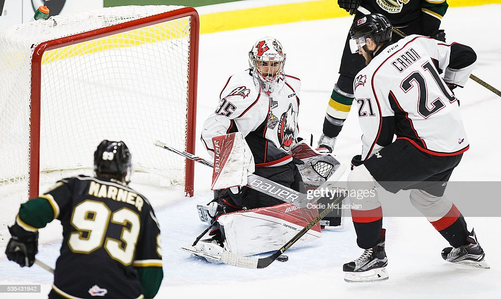 Mitchell Marner #93 of the London Knights (OHL) can't get the puck past Goaltender Chase Marchand #35 of the Rouyn-Noranda Huskies (QMJHL) during the Memorial Cup Final on May 29, 2016 at the Enmax Centrium in Red Deer, Alberta, Canada.