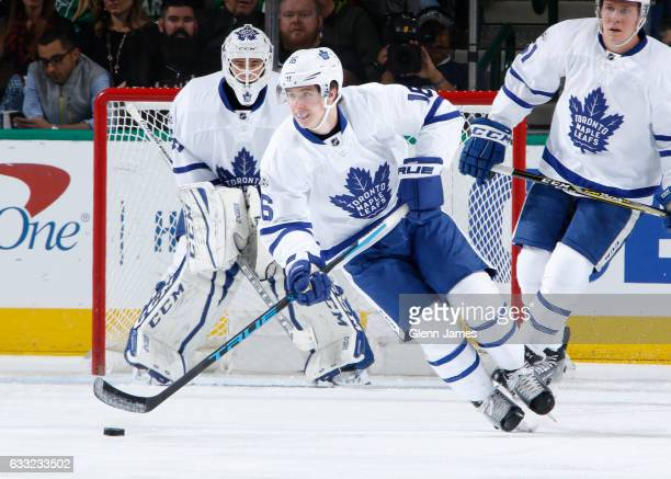 Mitchell Marner of the Toronto Maple Leafs handles the puck against the Dallas Stars at the American Airlines Center on January 31 2017 in Dallas...