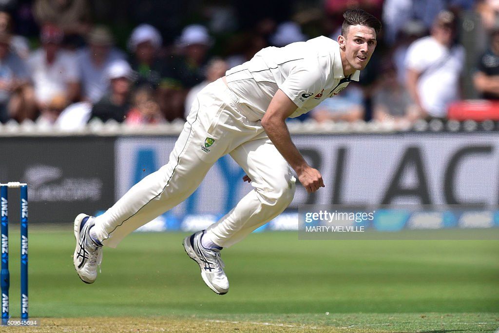 Mitchell Marsh of Australia bowls during the first cricket international five-day Test match between New Zealand and Australia at the Basin Reserve in Wellington on February 12, 2016. AFP PHOTO / MARTY MELVILLE / AFP / Marty Melville