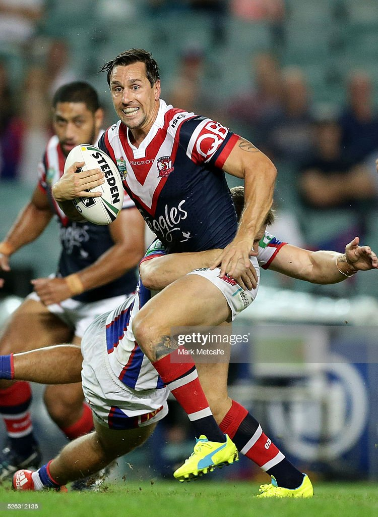 <a gi-track='captionPersonalityLinkClicked' href=/galleries/search?phrase=Mitchell+Pearce&family=editorial&specificpeople=4208962 ng-click='$event.stopPropagation()'>Mitchell Pearce</a> of the Roosters makes a break during the round nine NRL match between the Sydney Roosters and the Newcastle Knights at Allianz Stadium on April 30, 2016 in Sydney, Australia.