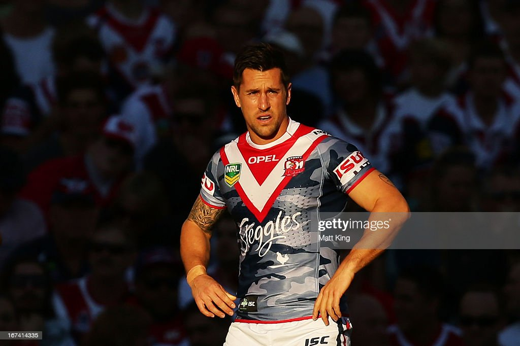 <a gi-track='captionPersonalityLinkClicked' href=/galleries/search?phrase=Mitchell+Pearce&family=editorial&specificpeople=4208962 ng-click='$event.stopPropagation()'>Mitchell Pearce</a> of the Roosters waits for the kickoff prior to the round seven NRL match between the Sydney Roosters and the St George Illawarra Dragons at Allianz Stadium on April 25, 2013 in Sydney, Australia.