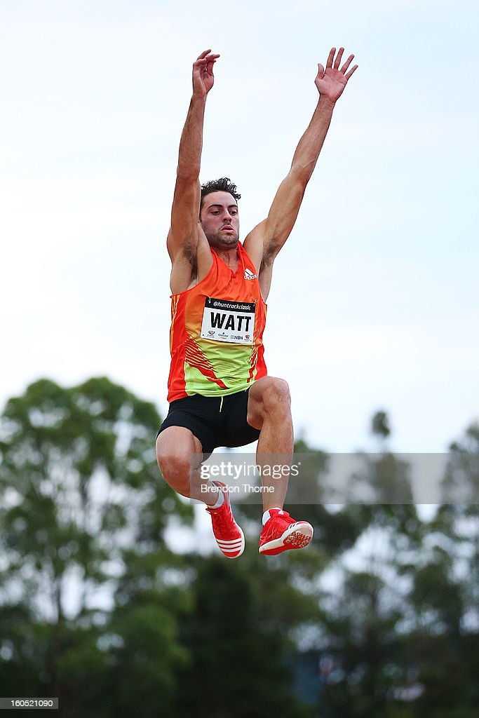 <a gi-track='captionPersonalityLinkClicked' href=/galleries/search?phrase=Mitchell+Watt&family=editorial&specificpeople=5770388 ng-click='$event.stopPropagation()'>Mitchell Watt</a> of QLD competes in the Men's Long Jump during the Hunter Track Classic on February 2, 2013 in Newcastle, Australia.