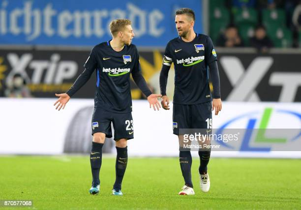 Mitchell Weiser and Vedad Ibisevic of Hertha BSC during the game between VfL Wolfsburg and Hertha BSC on november 5 2017 in Wolfsburg Germany