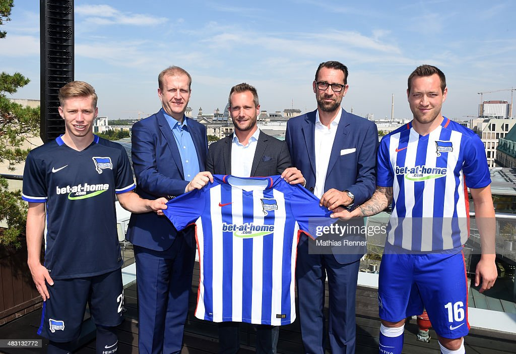 hertha bsc press conference getty images. Black Bedroom Furniture Sets. Home Design Ideas