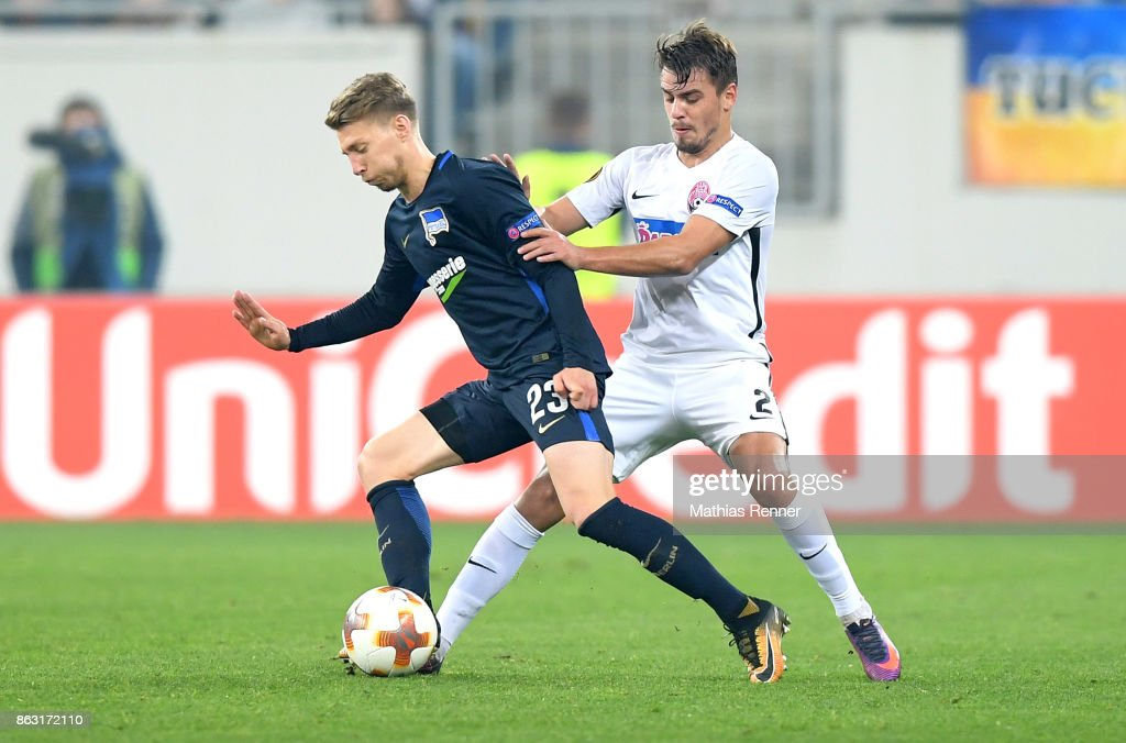 Mitchell Weiser of Hertha BSC and Artem Sukhotsky of FC Zorya Luhansk during the Europa League group J game between Zorya Luhansk against Hertha BSC on October 19, 2017 in Lwiw, Ukraine.