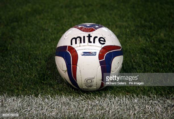 Mitre official 2013/2014 Capital One Cup matchball