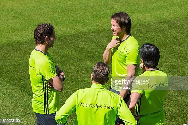 Mittwoch Trainingslager der Deutschen Nationalmannschaft in Ascona vl Assistenztrainer Marcus Sorg Torwarttrainer Andreas Koepke Assistenztrainer...