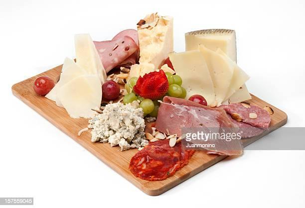 Mix von Käse und Aufschnitt
