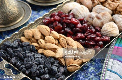 Mezcla de frutas secas y tuercas de estilo oriental : Foto de stock
