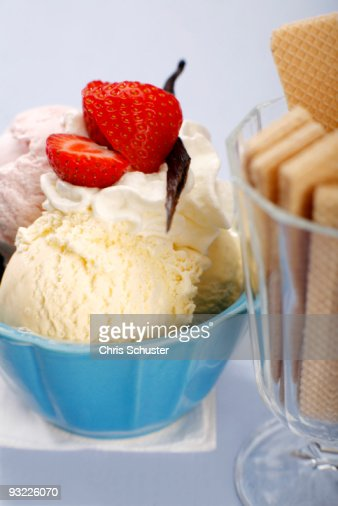 Mixed ice cream with whipped cream, close-up : Stock Photo