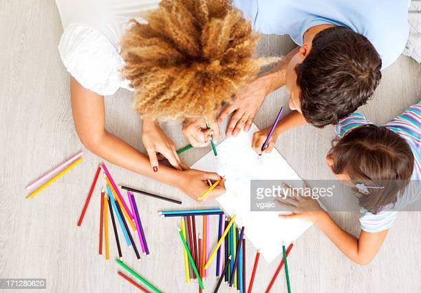 Race mixte famille colorier et dessiner.