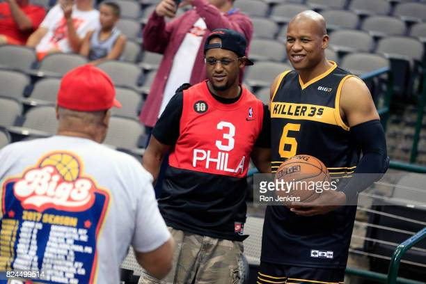 Mo Evans of the Killer 3s poses for a picture with a fan before week six of the BIG3 three on three basketball league at American Airlines Center on...