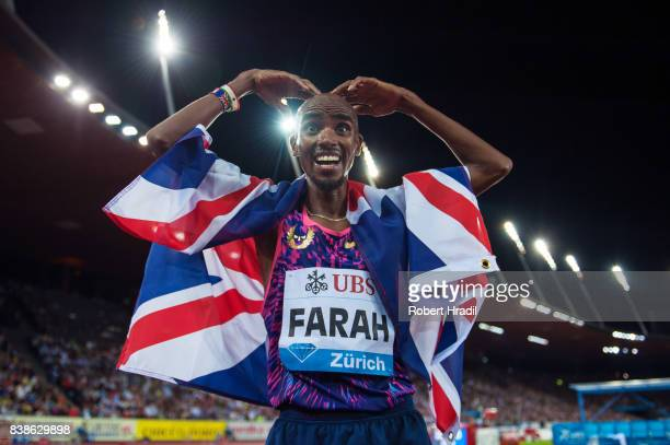 Mo Farah of Great Britain celebrates his win during the Diamond League Athletics meeting 'Weltklasse' on August 24 2017 at the Letziground stadium in...