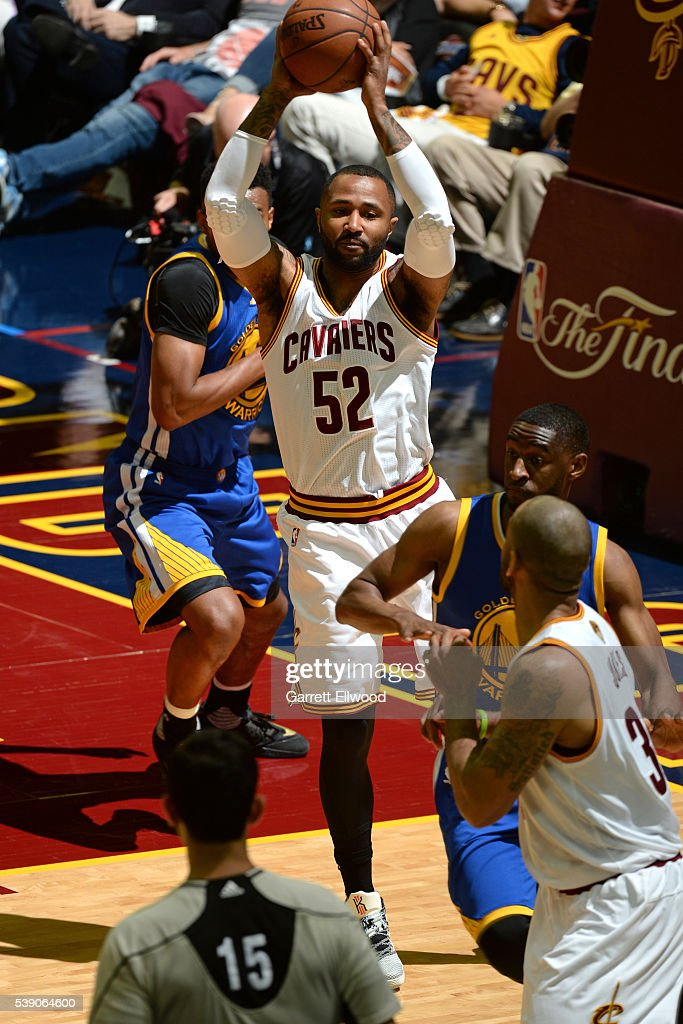 Mo Williams #52 of the Cleveland Cavaliers makes a pass against the Golden State Warriors during the 2016 NBA Finals Game Three on June 8, 2016 at Quicken Loans Arena in Cleveland, Ohio.