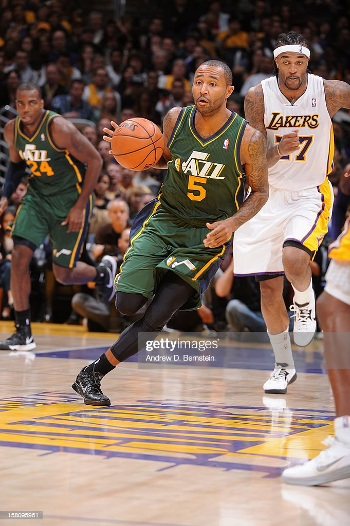 Mo Williams #5 of the Utah Jazz dribbles the ball against the Los Angeles Lakers at Staples Center on December 9, 2012 in Los Angeles, California.