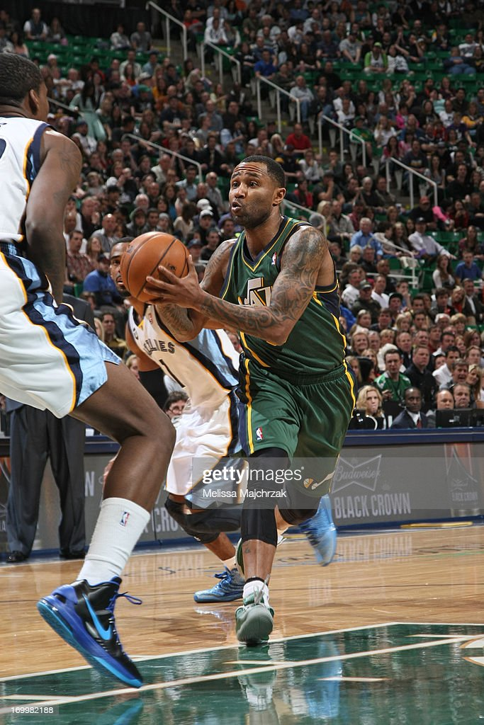 Mo Williams #5 of the Utah Jazz drives to the basket against the Memphis Grizzlies at Energy Solutions Arena on March 16, 2013 in Salt Lake City, Utah.