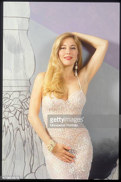 Moana pozzi foto e immagini stock getty images - Diva futura in tv ...