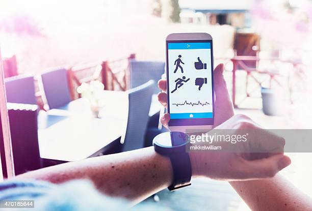 Mobile app tracks fitness and connects to smart watch