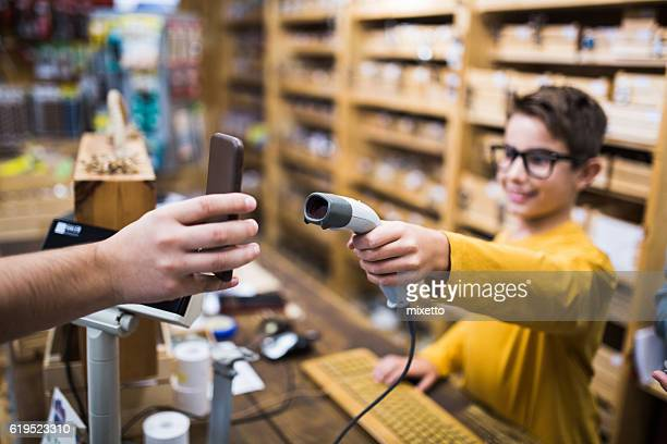 Mobile payment in store
