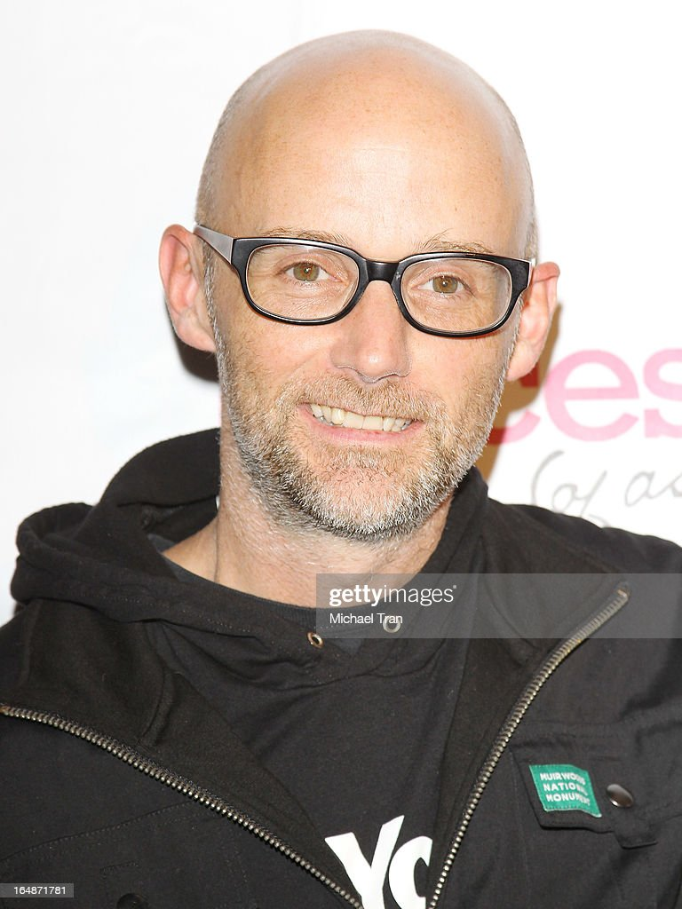 <a gi-track='captionPersonalityLinkClicked' href=/galleries/search?phrase=Moby+-+Cantante&family=editorial&specificpeople=203129 ng-click='$event.stopPropagation()'>Moby</a> arrives at 'Pieces(Of Ass)' opening night Los Angeles performance held at The Fonda Theatre on March 28, 2013 in Los Angeles, California.
