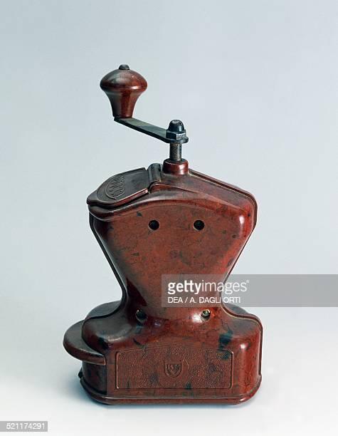 Mocca bakelite coffee grinder 1930s 20th century Noviglio Archivio Storico Kartell Unspecified