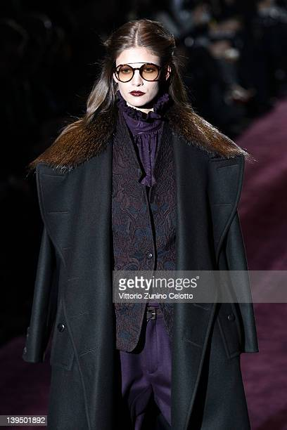 Model Abbey Lee Kershaw walks the runway at the Gucci Autumn/Winter 2012/2013 fashion show as part of Milan Womenswear Fashion Week on February 22...