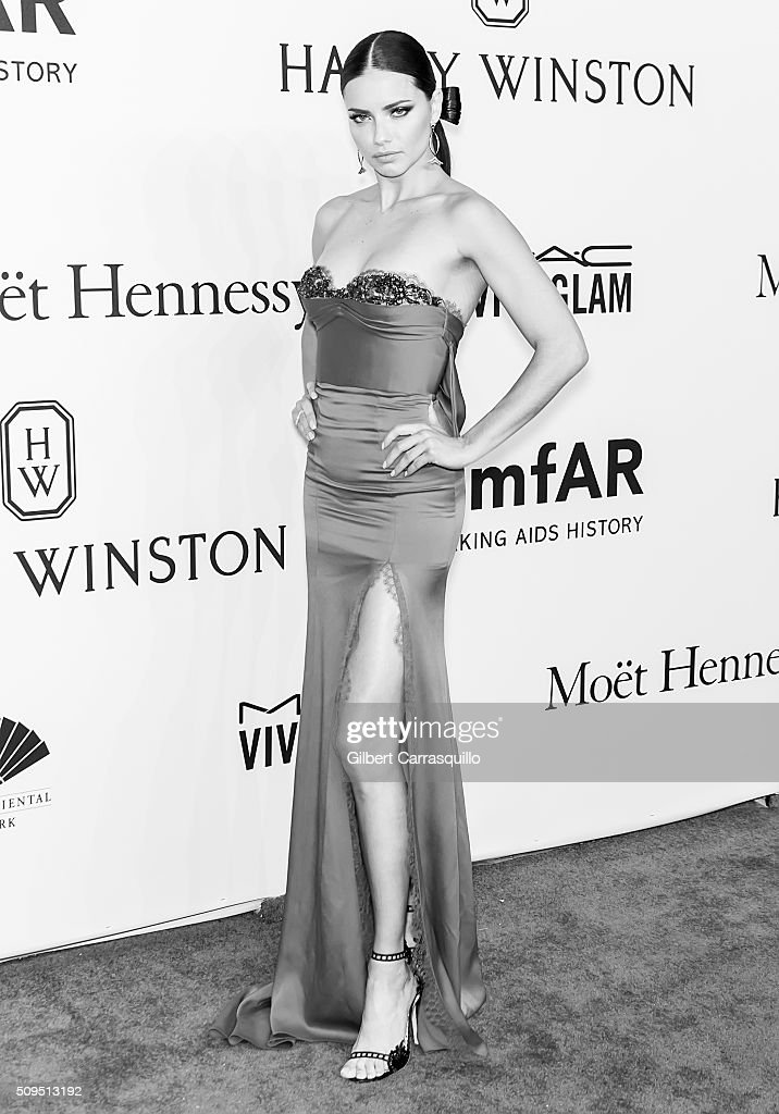 Model Adriana Lima attends the 2016 amfAR New York Gala at Cipriani Wall Street on February 10, 2016 in New York City.