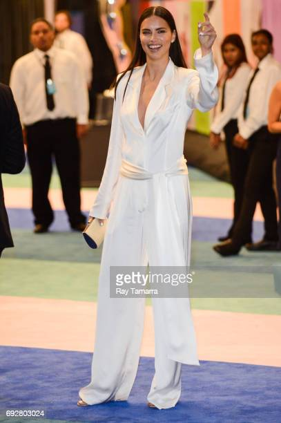 Model Adriana Lima enters the CFDA Fashion Awards at Hammerstein Ballroom on June 5 2017 in New York City