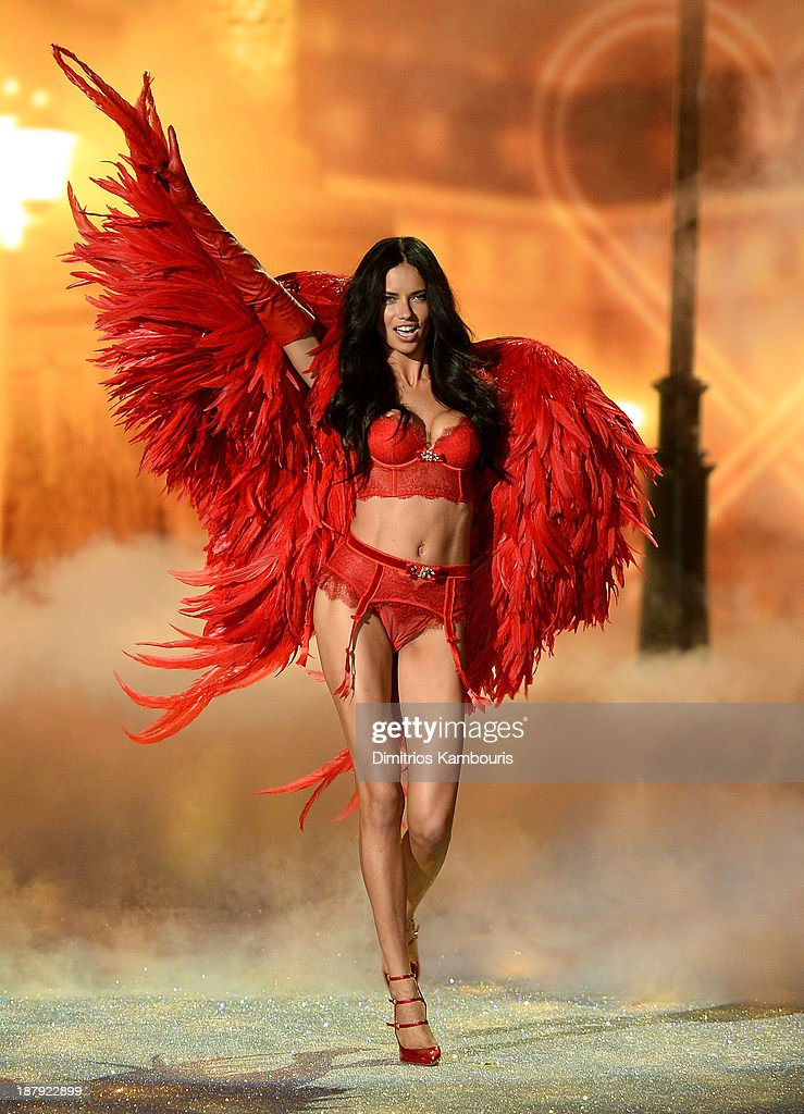 Model Adriana Lima walks the runway at the 2013 Victoria's Secret Fashion Show at Lexington Avenue Armory on November 13, 2013 in New York City.