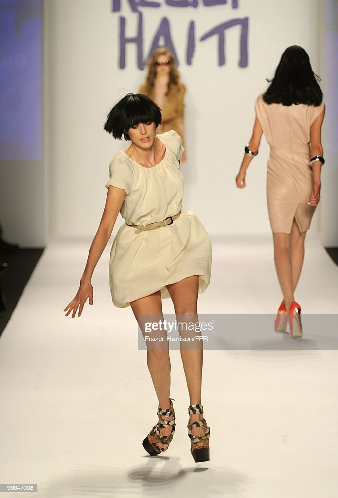 Model Agyness Deyn stumbles while walking the runway at Naomi Campbell's Fashion For Relief Haiti NYC 2010 Fashion Show during Mercedes-Benz Fashion Week at The Tent at Bryant Park on February 12, 2010 in New York City.