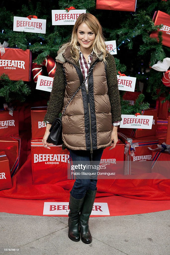 Model Alba Carrillo attends Beefeater London Market at Cibeles Palace on December 6, 2012 in Madrid, Spain.