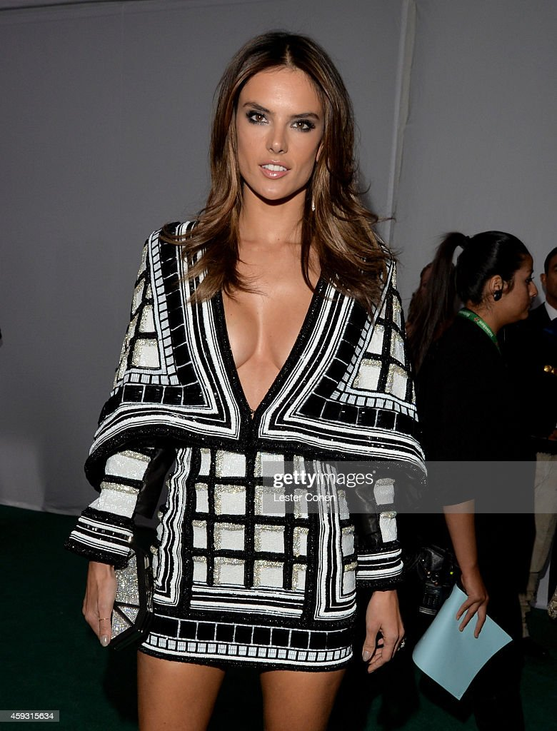 Model Alessandra Ambrosio attends the 15th annual Latin GRAMMY Awards at the MGM Grand Garden Arena on November 20, 2014 in Las Vegas, Nevada.