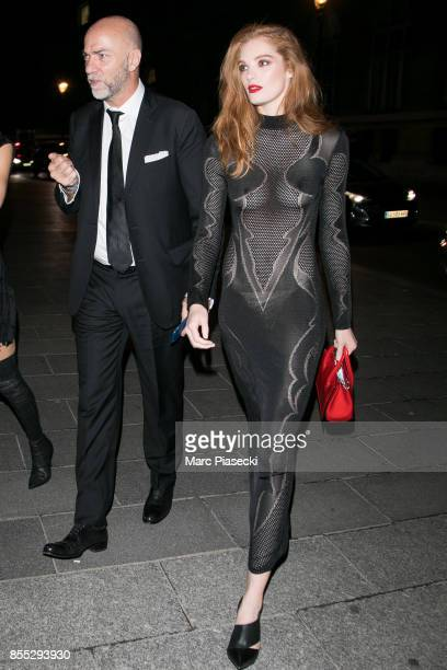 Model Alexina Graham arrives to attend the 'L'Oreal Paris X Balmain' party on September 28 2017 in Paris France