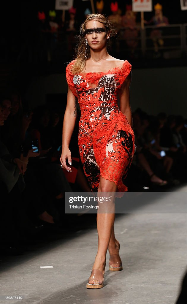 Model Alice Dellal walks the runway at the Vivienne Westwood Red Label show during London Fashion Week Spring/Summer 2016 on September 20 2015 in...